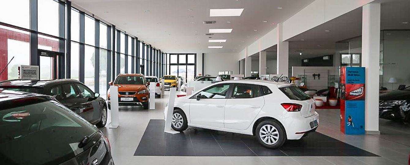 Autohaus Reiser, Ihr Spezialist für VW, Audi, Seat, Skoda, VW-Nutzfahrzeuge und Gebrauchtwagen im Salzburger Flachgau und im Großraum Mondsee. Fachwerkstätten mit optimalem Service, Schauräume mit den neuesten Modellen und große Gebrauchtwagenplätze stehen Ihnen zur Verfügung - Ihr Team vom Autohaus Reiser berät Sie gerne.